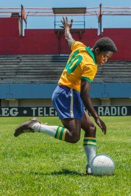 Pelé előzetes