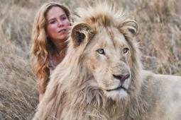 Mia és a fehér oroszlán előzetes